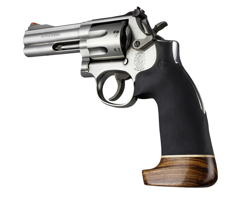 S&W K/L grip wood/rubber no finger grooves 19016